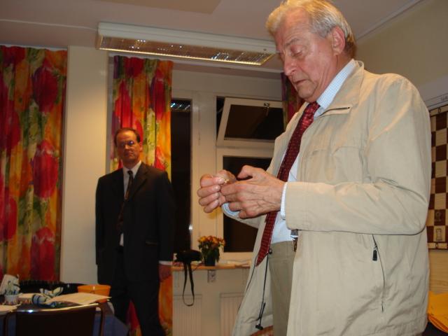 Stefan Rilberg fick veteranmärket i guld för 43 medlemsår i Manhem