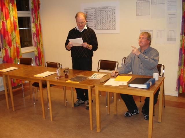 Mötesordförande Mats Eriksson och mötessekreterare Sven Persson