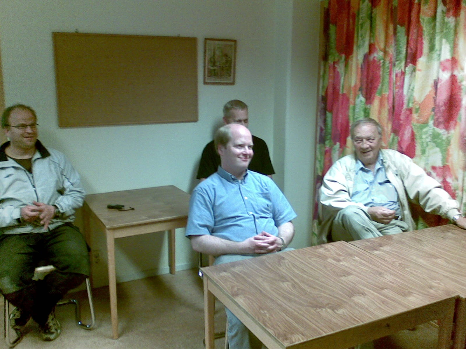 Muntra stödmedlemmar: Johan Granholm, Joachim Bergré, Yngve Karlsson (skymd) och Olle Alfredsson.