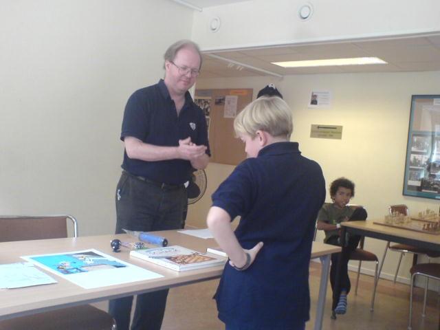 Knatte-KM:s tvåa Gösta Larsson funderar på valet av pris