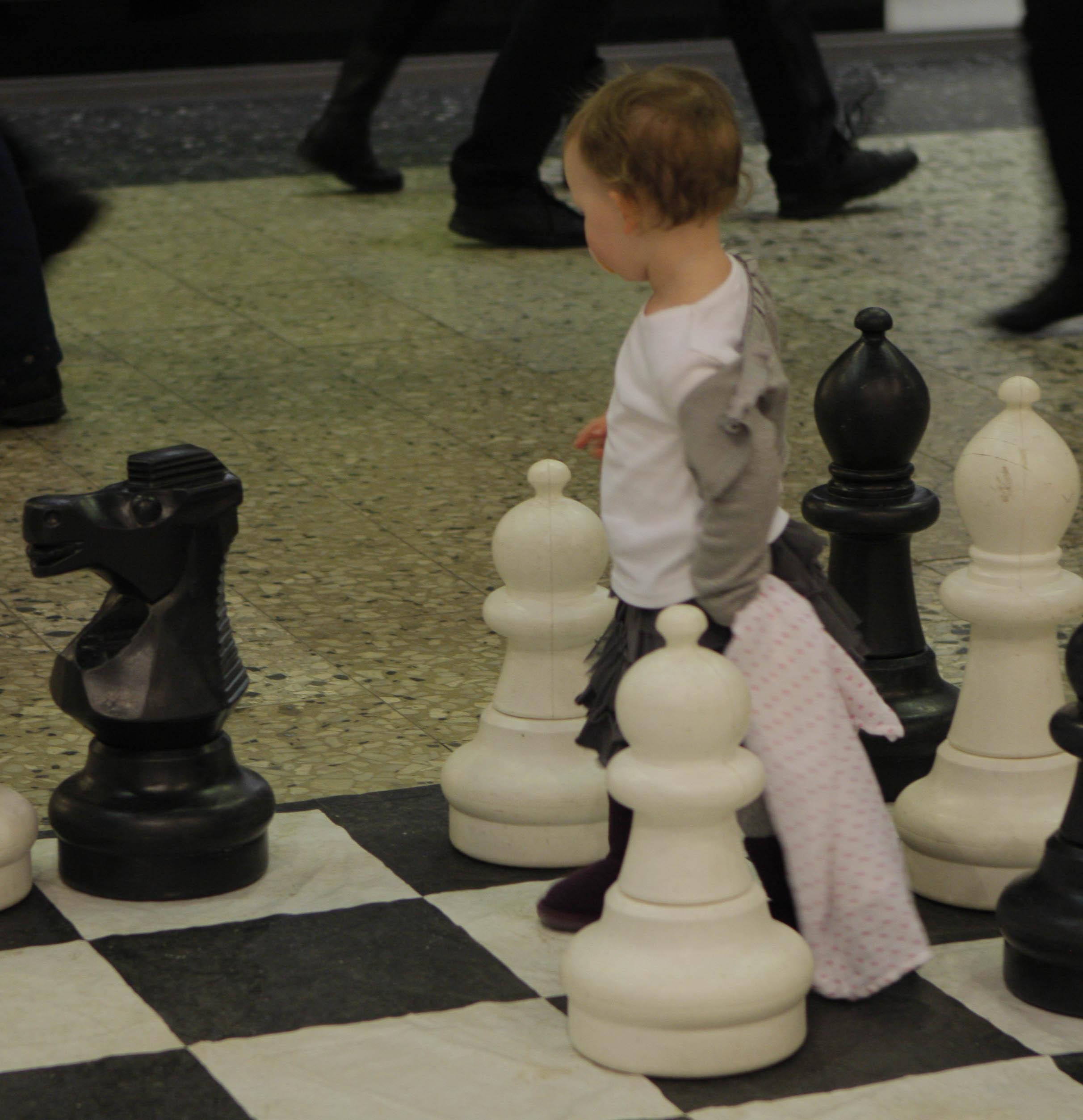 Mycket liten schackspelare.