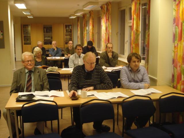 Ett tjugotal manhemiter besökte årsmötet.