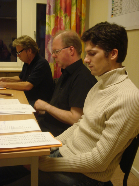 Presidiet: Göran Andersson (skattmästare), Mats Eriksson (ordförande) och Mattias Fredriksson (sekreterare).